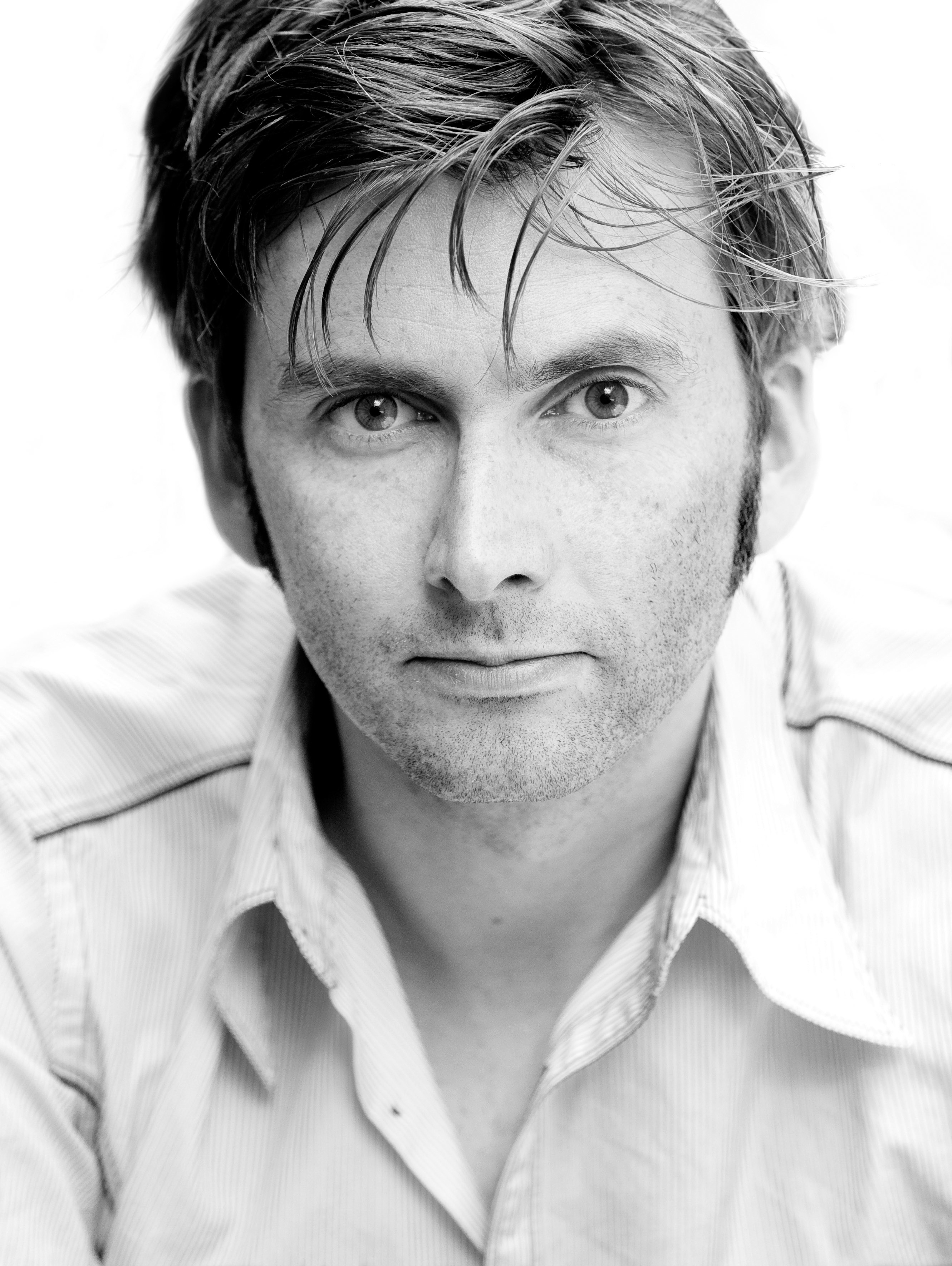 david-tennant-black-and-white-photo